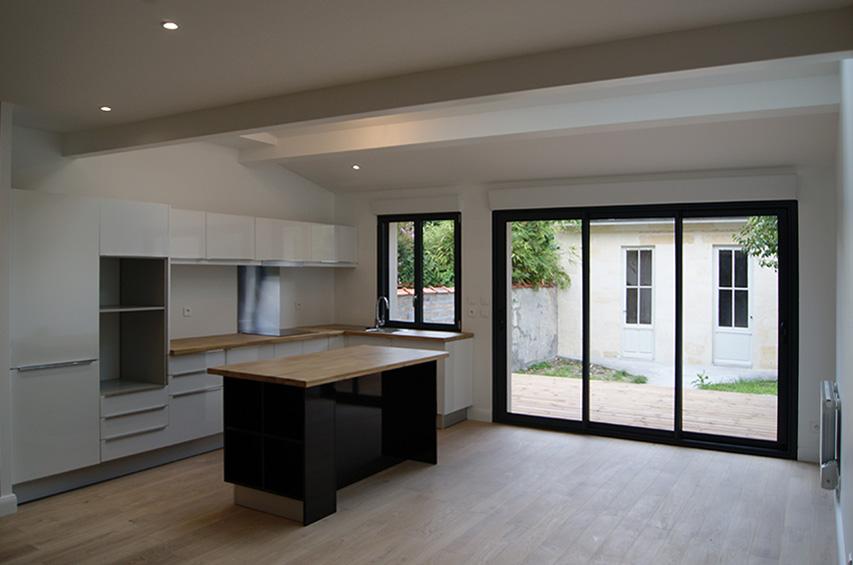 sur l vation bordeaux gironde quartz atelier d 39 architecture. Black Bedroom Furniture Sets. Home Design Ideas
